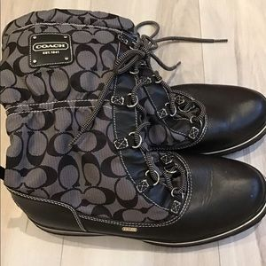 Coach Shoes - Coach signature snow boots water resistant